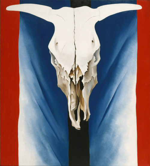 Cow's Skull: Red, White, and Blue, 39 7/8 x 35 7/8 in. (101.3 x 91.1 cm), 1931, by Georgia O'Keeffe